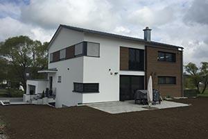 Bauleitung und Baubetreuung zum schlüsselfertigen Einfamilienhaus mit Einliegerwohnung
